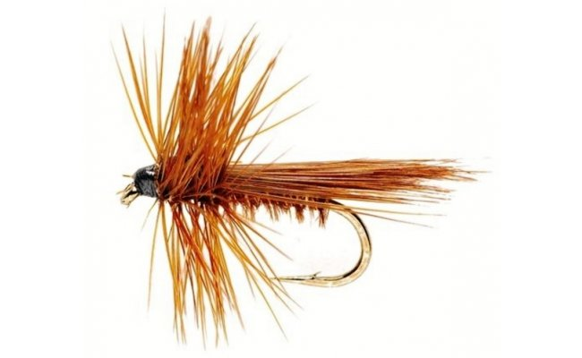 Caddis Brown Fluttering Caddis Brown Fluttering, Size 16